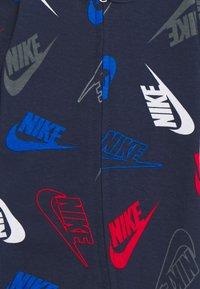 Nike Sportswear - FUTURA TOSS COVERALL SET - Pañuelo - midnight navy - 2