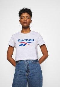 Reebok Classic - BIG LOGO TEE - Print T-shirt - white / melange - 3