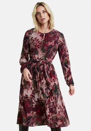 Day dress - cherry wine gemustert