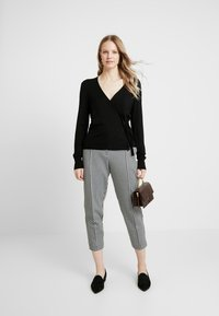 Esprit Collection - CABLE - Cardigan - black - 1