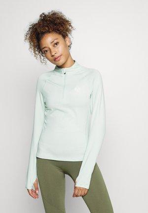VISTA FITNESS - Long sleeved top - green