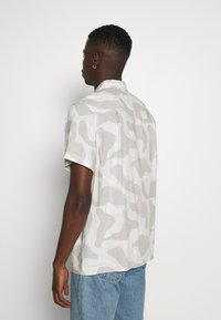 Weekday - COFFEE TOPOGRAPHIC - Camisa - beige - 2