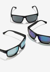 Hawkers - FASTER - Sunglasses - black - 7