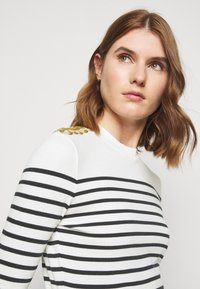 Claudie Pierlot - Long sleeved top - ecru - 3