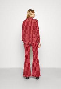 Diane von Furstenberg - BROOKLYN PANTS - Trousers - signature red - 2