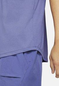 Nike Performance - T-shirt basic - dark purple - 4