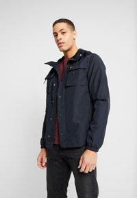 Lyle & Scott - POCKET JACKET - Outdoor jacket - dark navy - 0