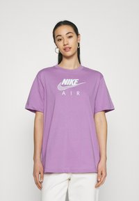 Nike Sportswear - T-shirts med print - violet shock - 0
