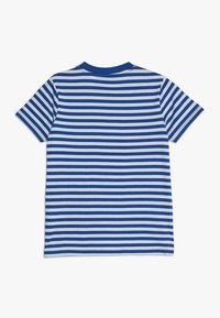 Guess - JUNIOR  - T-shirt z nadrukiem - blue/white - 1