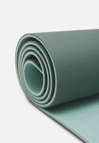 Sweaty Betty - ECO MAT - Fitness/yoga - heath green - 4
