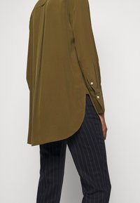 By Malene Birger - COLOGNE - Button-down blouse - hunt - 5