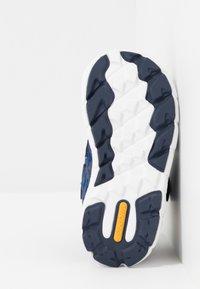 Viking - VEME MID GTX - Hiking shoes - navy/dark blue - 4