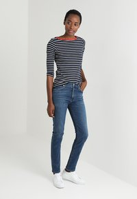 TOM TAILOR - STRIPE - Long sleeved top - navy - 1