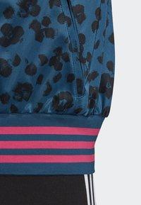 adidas Originals - ALLOVER PRINT TRACK TOP - Träningsjacka - blue - 5