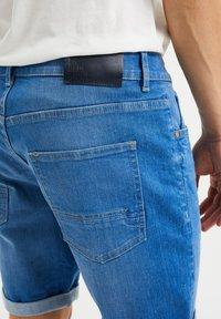 WE Fashion - Jeans Shorts - bright blue - 3