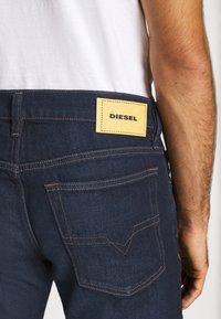 Diesel - D-MIHTRY - Straight leg jeans - 009eq 01 - 4