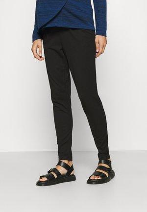 OLMPOPTRASHEASYLIFE PANT - Bukse - black