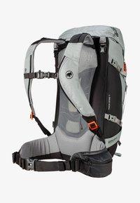 Mammut - TRION SPINE 35 - Backpack - granit-black - 2