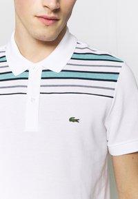 Lacoste - PH5101-00 - Polo shirt - white/navy blue/niagara blue - 5