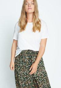 Violeta by Mango - SUMMER - A-line skirt - grün - 3