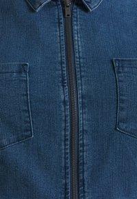 Noisy May Curve - NMLISA ZIP DRESS - Denim dress - medium blue denim - 6