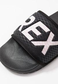 adidas Performance - TERREX ADILETTE SLIDES - Sandali da bagno - core black/footwear white - 5