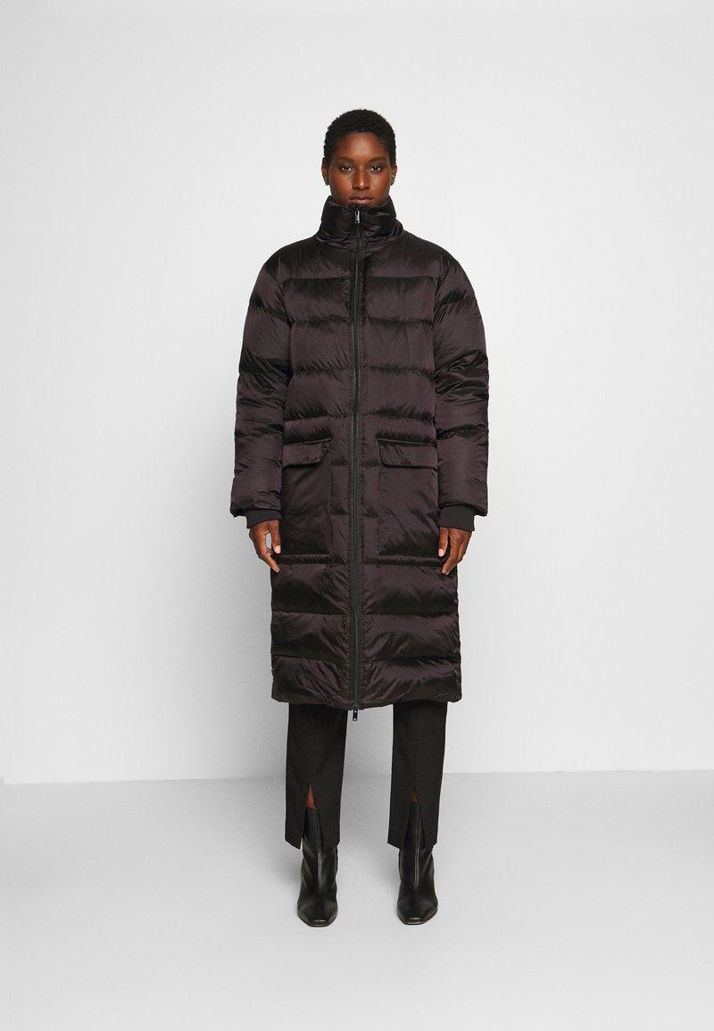 Culture - AISHA LONG - Down coat - black