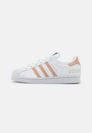 SUPERSTAR PRIMEGREEN VEGAN - Tenisky - footwear white/pale nude