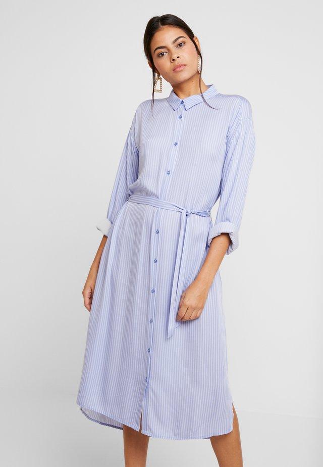 TAMIR PRINT DRESS - Sukienka koszulowa - blue
