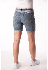Buena Vista - PAULINA STRETCH - Denim shorts - blue - 1