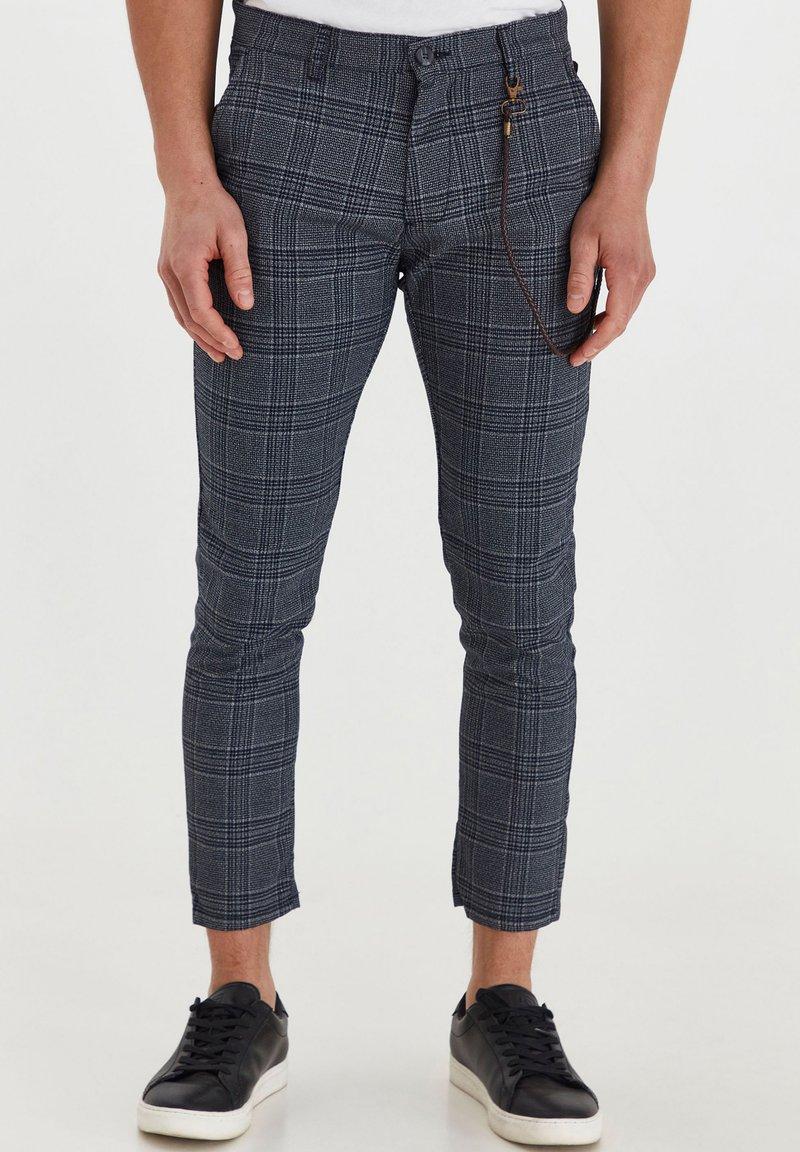 Solid - TRAVIS - Trousers - grey mel