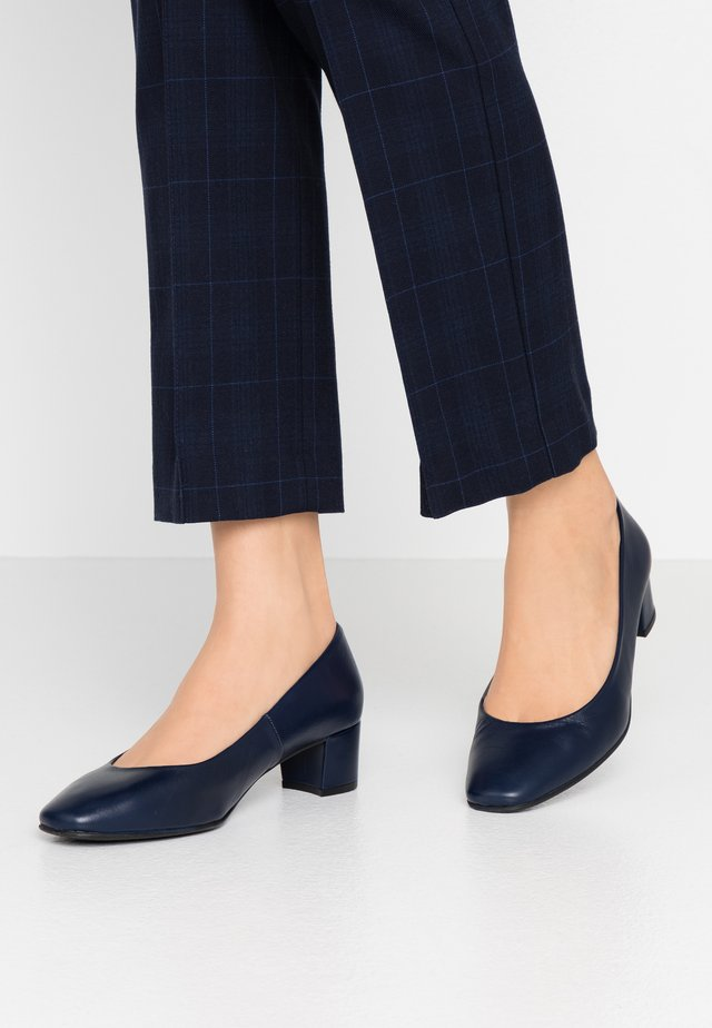 WIDE FIT AINARA - Klassiske pumps - navy