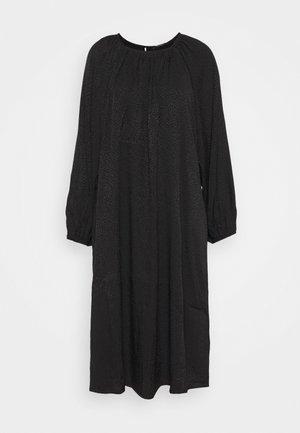 ALEXAH BELLOA DRESS - Denní šaty - black