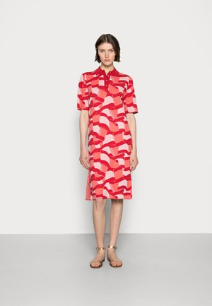 ICON POLO MIDI DRESS - Denní šaty - red