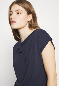 WEEKEND MaxMara - T-shirt basic - ultramarine - 5