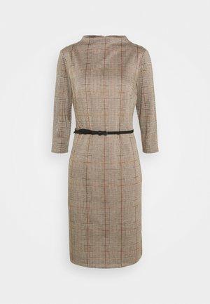Robe fourreau - light brown