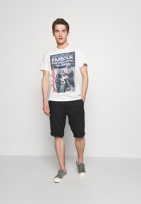 Barbour International - Print T-shirt - whisper white - 1