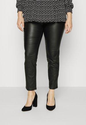 CAREMILY COATED PANT - Pantalones - black