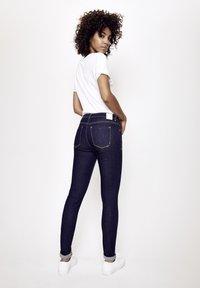 Five Fellas - GRACIA - Slim fit jeans - dunkelblau - 2