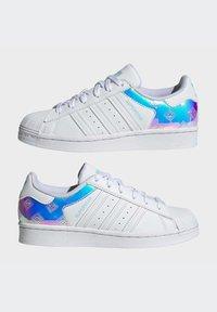 adidas Originals - SUPERSTAR J - Trainers - white - 5