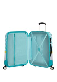 American Tourister - WAVEBREAKER DISNEY - Wheeled suitcase - mickey blue kiss - 3