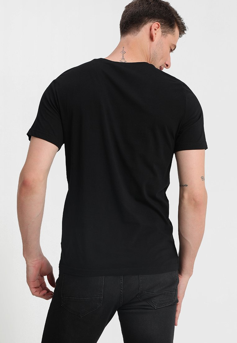Mustang 2-pack V-neck - T-shirts Black
