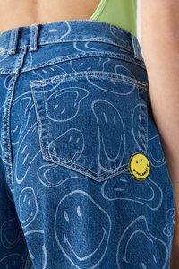 PULL&BEAR - SMILEY - Jeans Tapered Fit - blue - 4