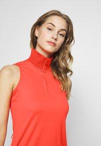 J.LINDEBERG - ELSA SET - Žerzejové šaty - tomato red - 4