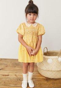 Next - Denní šaty - ochre - 0