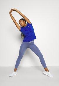 adidas Performance - Camiseta estampada - bold blue/white - 1