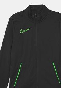 Nike Performance - ACADEMY SET UNISEX - Tracksuit - black/green strike - 3