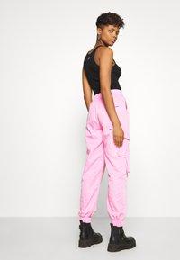 Tiger Mist - FLOSS PANT - Kalhoty - pink - 2