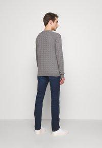 HUGO - Jeans slim fit - navy - 2