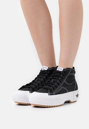 NIZZA TREK  - High-top trainers - core black/footwear white